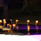 Acto en memoria de las víctimas de la violencia de género
