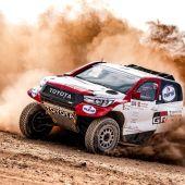 Fernando Alonso debutará en enero en el Rally Dakar
