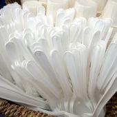 Utensilios de plástico