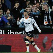 Rodrigo Moreno celebra un gol en Mestalla