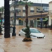 Una calle de Los Alcázares completamente inundada