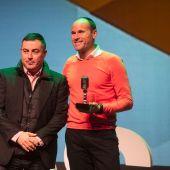 Mateu Lahoz recibe el premio de Onda Cero Valencia