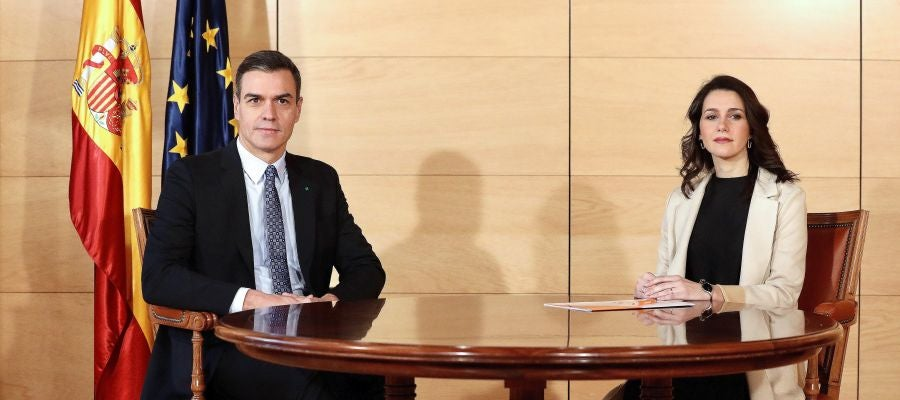 Reunión entre Sánchez y Arrimadas para hablar de la investidura