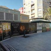 Vallado de las excavaciones arqueológicas de la Plaza de las Flores de Elche.