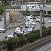 Imagen de archivo de desplazamientos por carretera