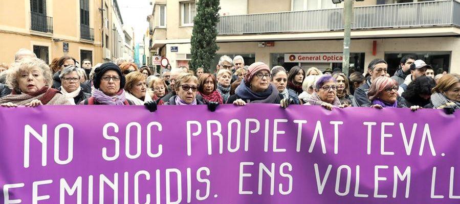 Concentración en apoyo a la asesinada en Terrassa