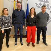 El teniente de Cultura, Antoni Noguera, y la regidora de Modelo de Ciudad, Vivienda Digna y Sostenbilidad, Neus Truyol de Palma.