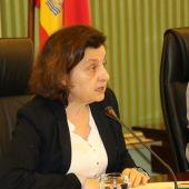 La Consellera, Fina Santiago, durante su comparecencia en el Parlament, para explicar los presuntos casos de explotación sexual de menores tutelados por el IMAS.