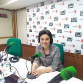 Pilar Zamora en los estudios de Onda Cero Ciudad Real