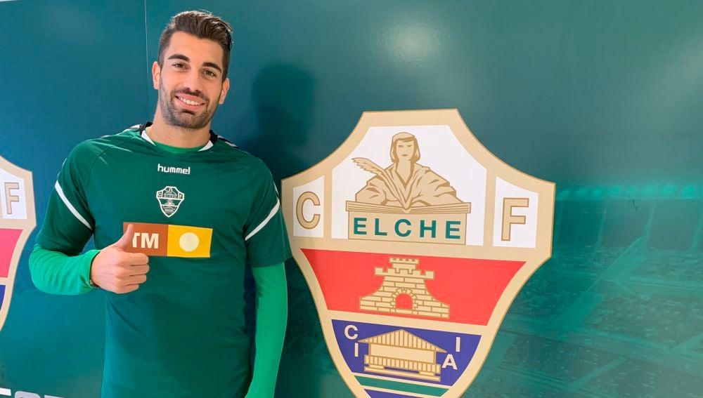 Josema Sánchez, en su puesta de largo como nuevo jugador del Elche.