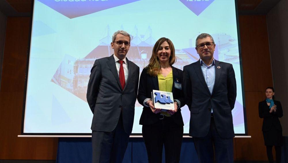 Mariana Boadella recogió las 3 Pajaritas Azules del Ayuntamiento de C.Real