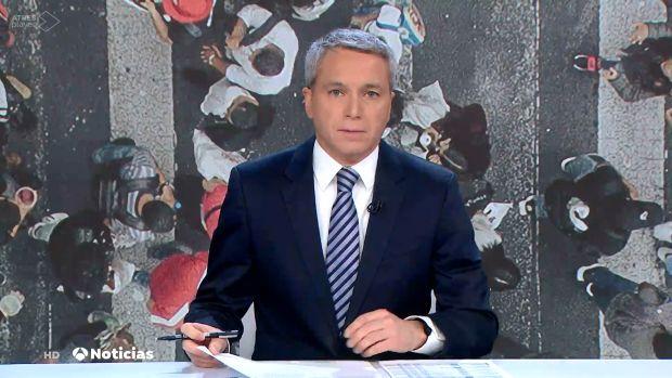 """El mensaje de Monegal a Vicente Vallés: """"Incomodar a los de arriba es señal de que el periodismo sigue activo"""""""