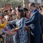 Los Reyes, recibidos con efusividad en Écija