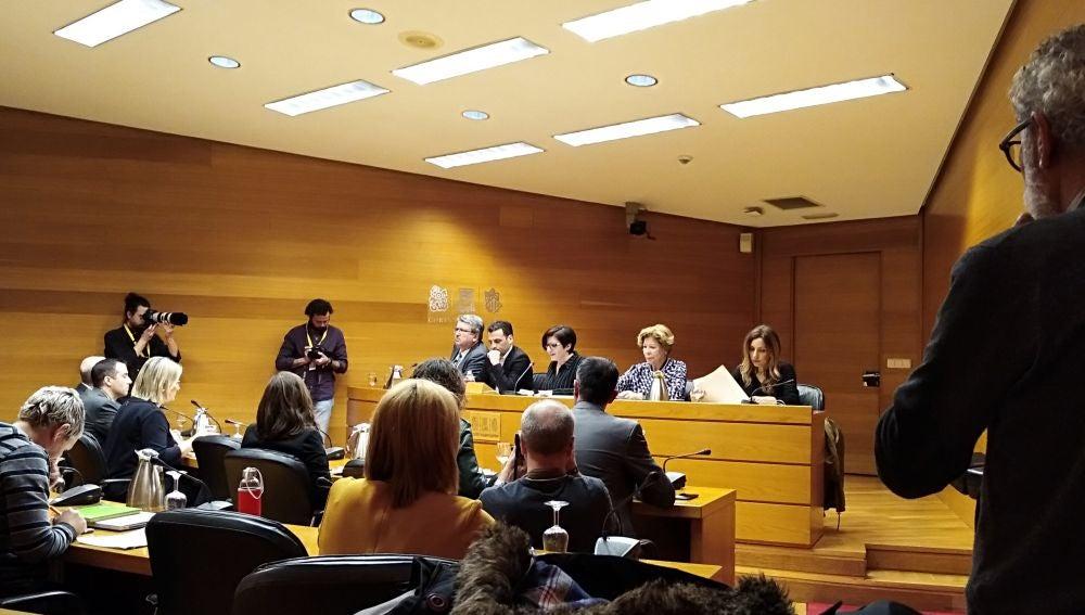 Costa durante su comparecencia en la comisión de  Les Corts