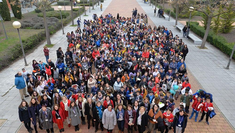 Medio millar de niños han conocido el funcionamiento de los laboratorios del campus de Ciudad Real