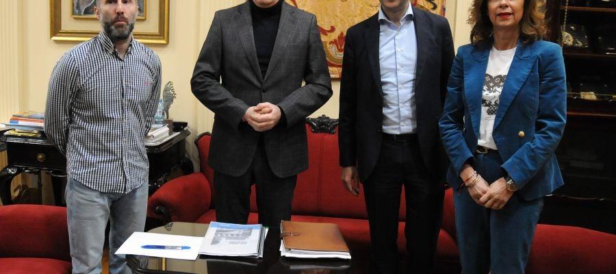 Reunión de Roman Rodriguez, có alcalde de Ourense