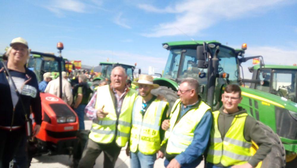 Agricultores de Elche en la tractorada de Novelda.