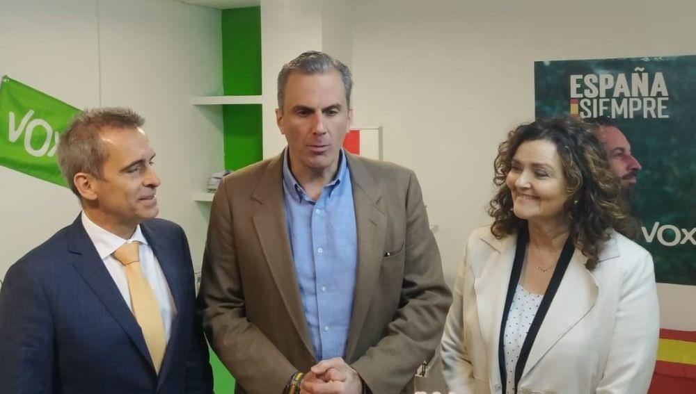Ortega Smith inaugura la nueva sede de VOX en Palencia