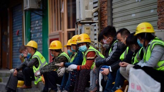 """Lucas de la Cal, periodista en Wuhan: """"Aquí la cuarentena era total, la gente no podía hacer la compra ni salir a sacar al perro"""""""