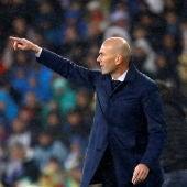 Zinedine Zidane en el Clásico contra el FC Barcelona
