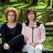 Imagen promocional de la película 'Invisibles', con Emma Suárez, Adriana Ozores y Nathalie Poza