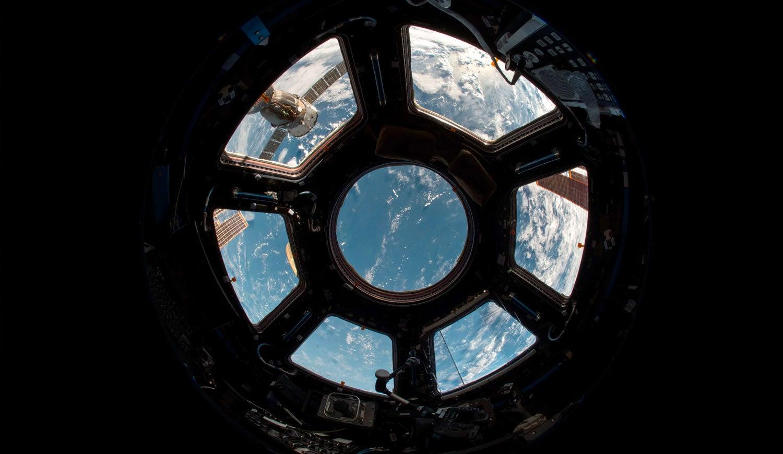 """Aparici en órbita: ¿Cómo """"bajan"""" los astronautas de la Estación Espacial?"""