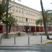Entrada principal del Colegio Hispanidad de Elche.