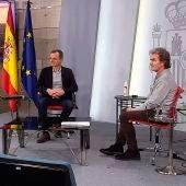Pedro Duque y Fernando Simón responden a las preguntas de los más jóvenes