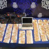 Objetos intervenidos por la policía en esta operación.