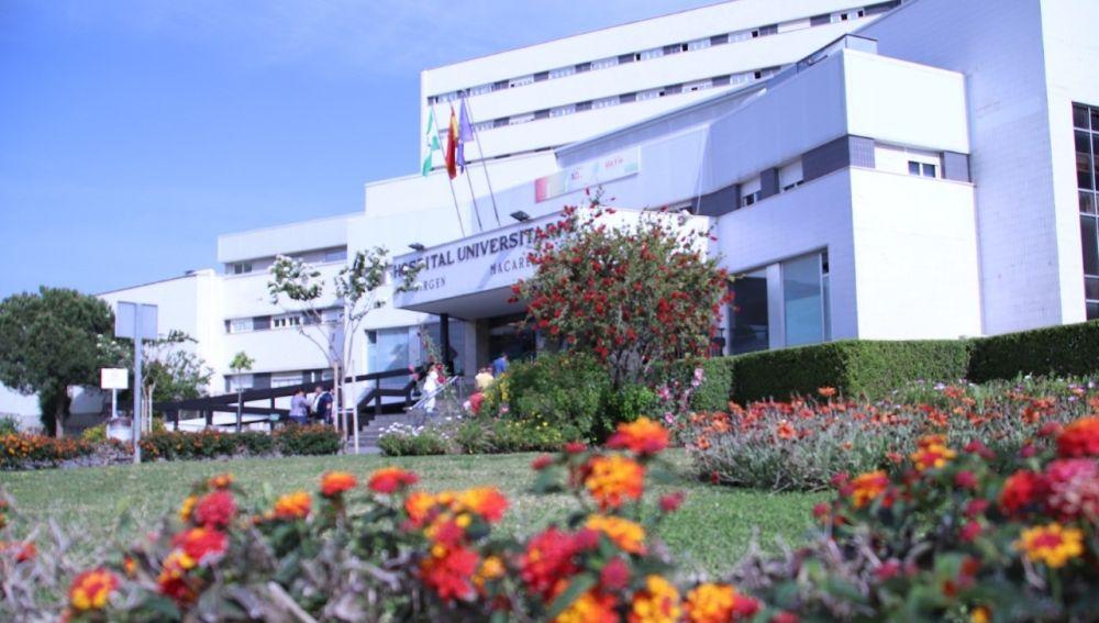 Fachada del Hospital Universitario Virgen Macarena de Sevilla
