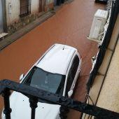 La fuerte tormenta dejó anegadas muchas calles de Carrizosa