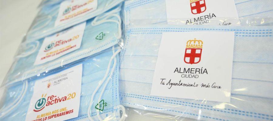 Mascarillas quirúrgicas repartidas por el Ayuntamiento de Almería