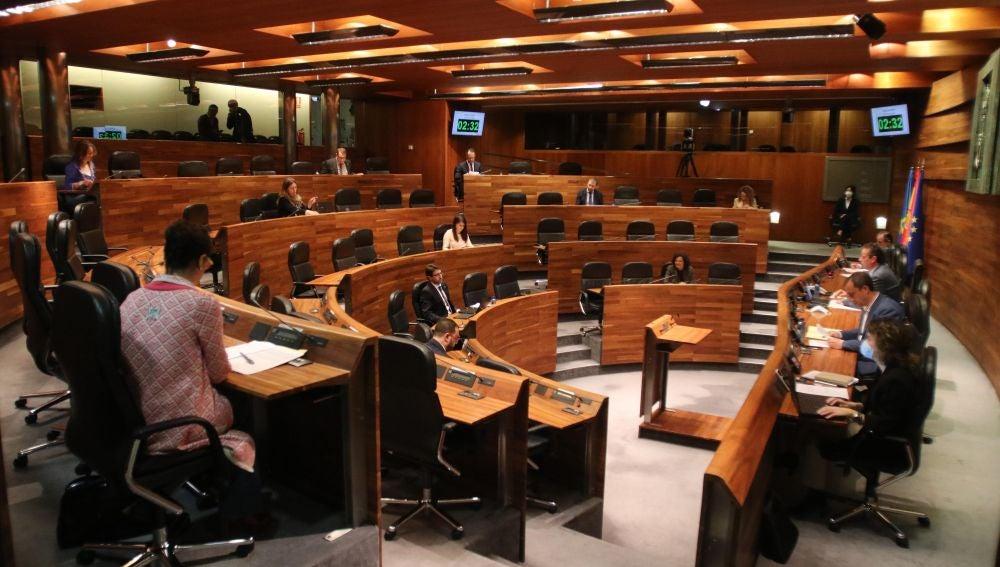 Pleno en la Junta General del  Principado
