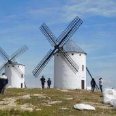 Los Molinos de Viento de Campo de Criptana es uno de los atractivos turísticos de la provincia