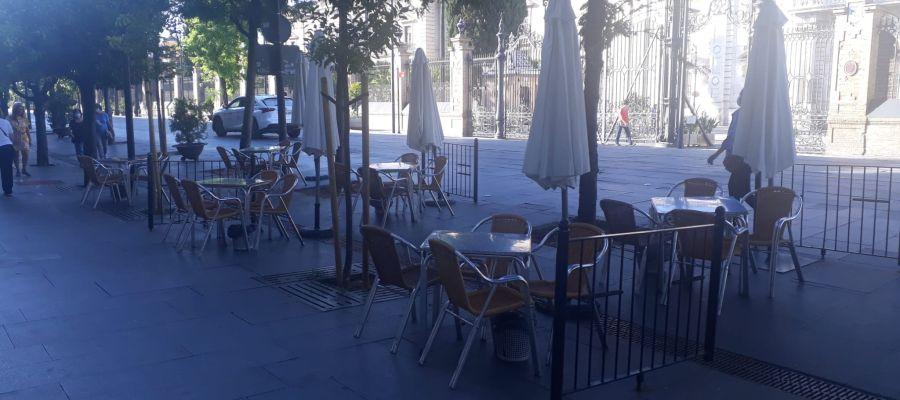 Terraza en la calle San Fernando de Sevilla