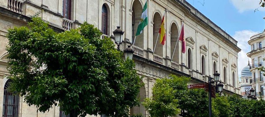 Fachada principal del Ayuntamiento de Sevilla
