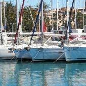Embarcaciones dedicadas al chárter náutico en la Bahía de Palma