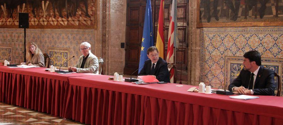 El president Ximo Puig ha presididio la reunión con los representantes institucionales