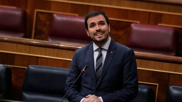 Críticas a Garzón por relacionar a policías y guardias civiles con estrategias que promueven el golpismo