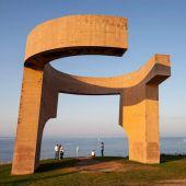 El 'Elogio del Horizonte', la obra de Eduardo Chillida, cumple 30 años