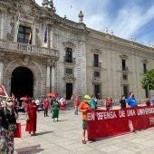 Protesta contra los recortes en el Rectorado de la Universidad de Sevilla