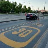 Carril reservado temporal bus bicicleta patinete eléctrico Granada