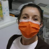Los farmacéuticos piden que se use protección solar en la piel cubierta por la mascarilla