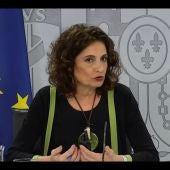 La portavoz del Gobierno, María Jesús Montero, en rueda de prensa