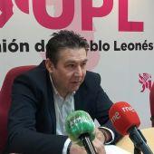 Luis Mariano Santos en la sede de UPL