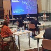 Agentes sociales, económicos y políticos reunidos en el marco de la Comisión del Agua de Aragón