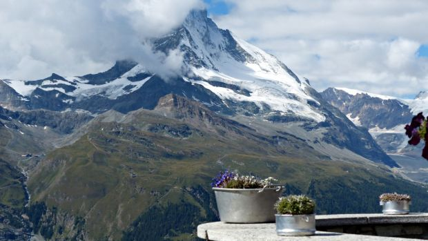 Mueren tres turistas españoles y uno se encuentra en paradero desconocido tras un accidente de barranquismo en Suiza