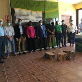 Reunión entre el delegado de la Junta en Sevilla y los alcaldes afectados