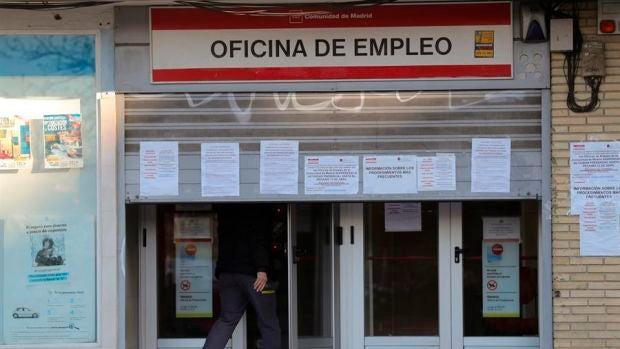 Datos paro España: Baja en julio en 89.849 personas, el primer descenso desde febrero
