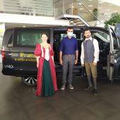 """Presentación de """"El teatro de sus Mercedes"""" en el concesionario Autotrak-Mercedes Benz de Ciudad Real"""